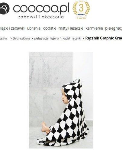Kontrastowy ręcznik z kapturkiem, czyli jedna z propozycji, foto: zrzut ekranu z coocoo.pl