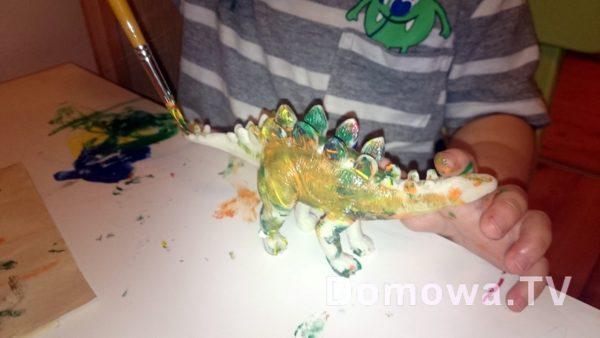 """Jak by nie pomalować tych dinozaurów to zawsze wyglądały """"jak prawdziwe"""""""