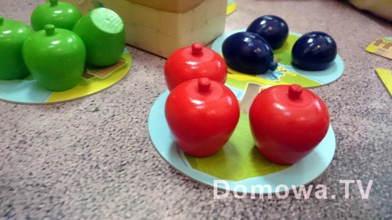 Drewniane owoce
