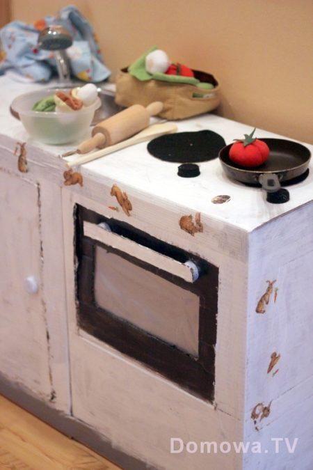 Kuchnia z kartonu