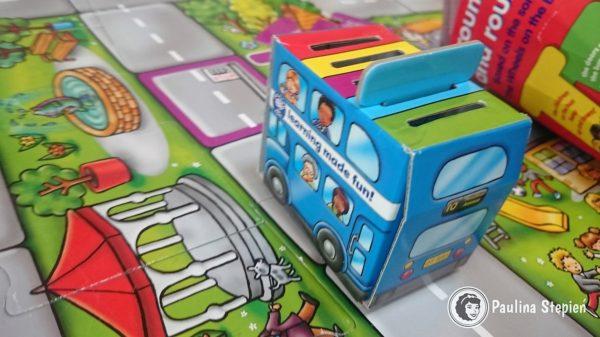 Tekturowe składane autobusy