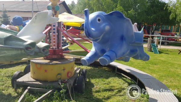 Karuzela ze słoniami