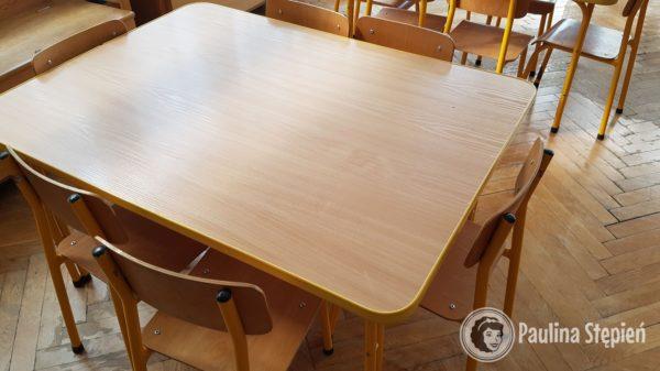 Stoliki w przedszkolu