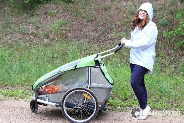 A tu przyczepka rowerowa podwójna z hamaczkiem