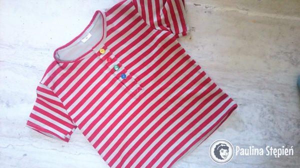 Bluzeczka z zapięciem polo z guzikami