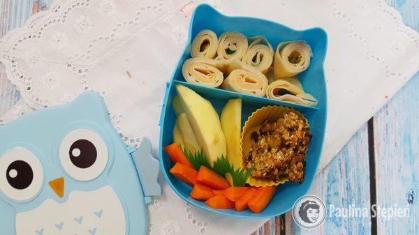 Naleśniki, owoce, ciasteczka, owoce
