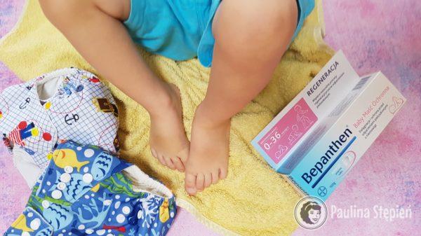 Bepanthen Baby czyli maść, która szybko się wchłania, jest bezzapachowa, bez barwników i bardzo delikatna