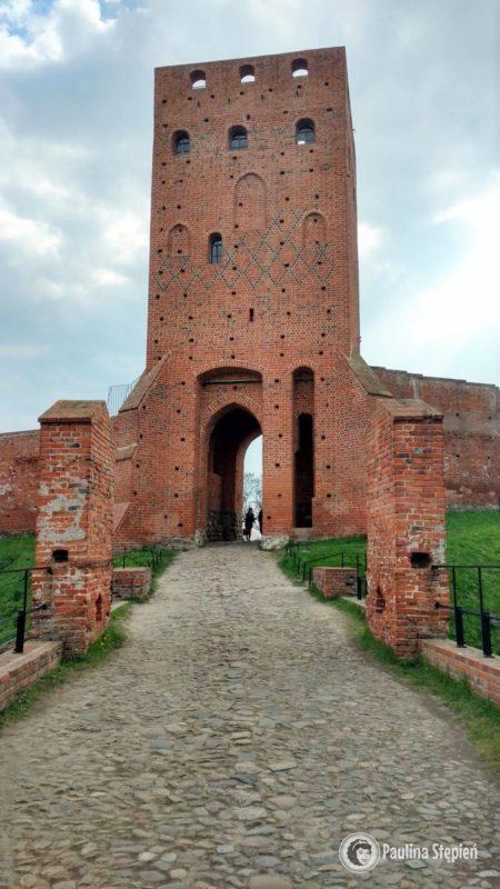 Zamek Czersk wieża bramna