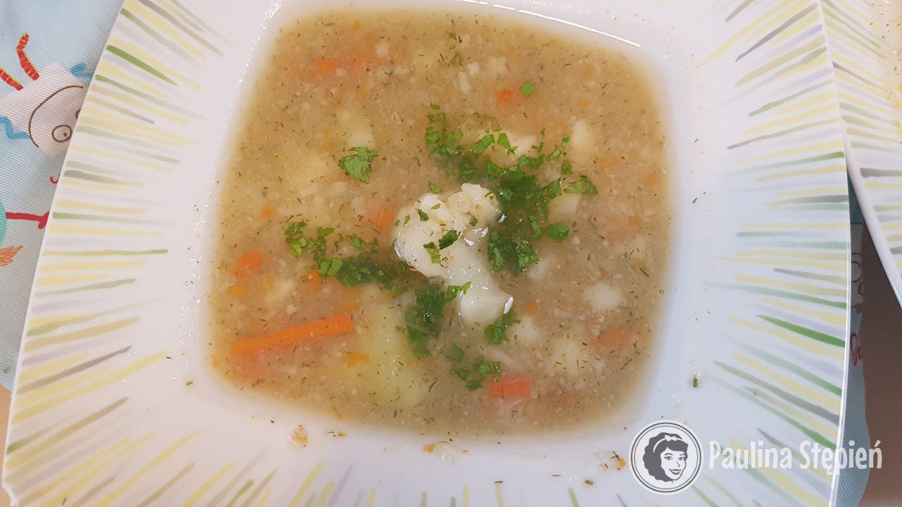 Śniadanie: zupa kalafiorowa
