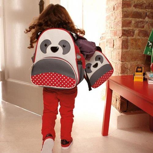 Tutaj plecak Skip Hop, bardzo fajny, przyda się też na wycieczki
