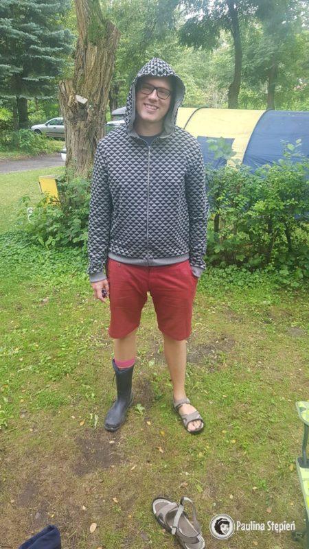 Pogoda jest właśnie taka :) trochę pada, ale jest ciepło, kalosze czy sandały? :)