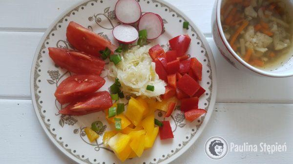 Śniadanie 16, kiszonki z warzywami, zupa