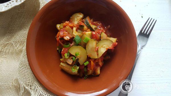 Obiad 19, cukinia z warzywami