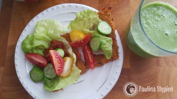 Śniadanie 24, chleb warzywny dyniowy i warzywa