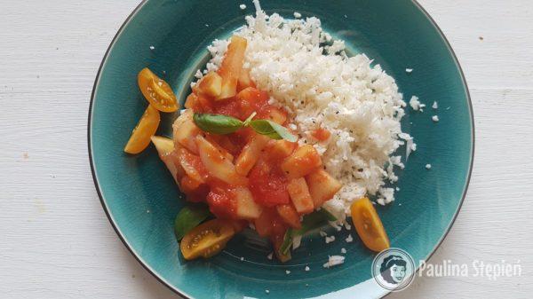 """Obiad 26, """"ryż"""" z sosem"""