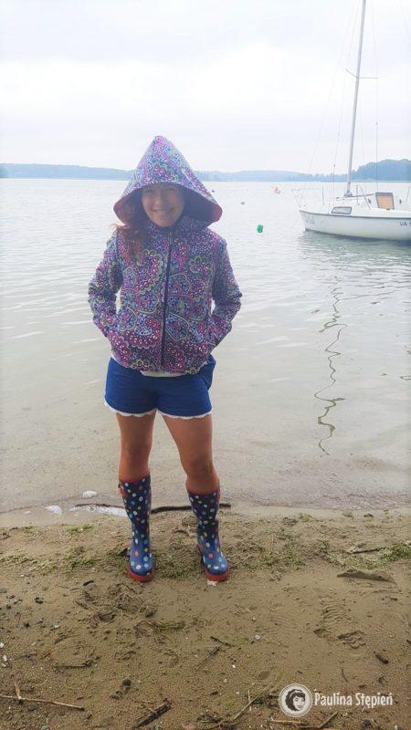 Kurtka damska, od wiatru i deszczu tzw przejściowa :)