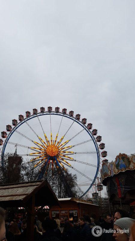 Nostalgischer Weihnachtsmarkt jarmarki w Berlinie