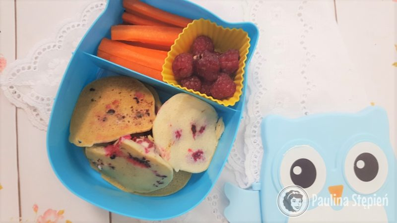Placki ryżowe, owoce, warzywa