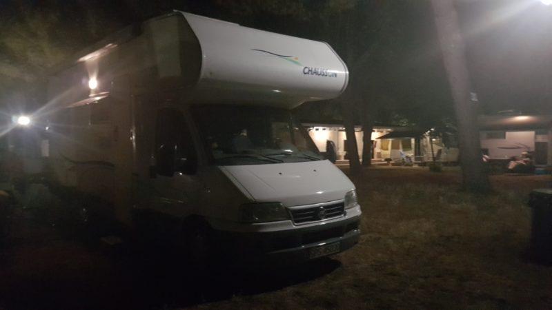 Nasz kamper na kempingu