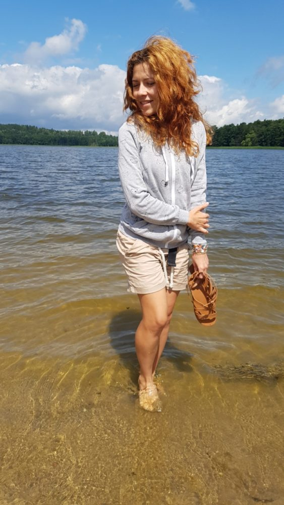 Kąpiel w jeziorze haha