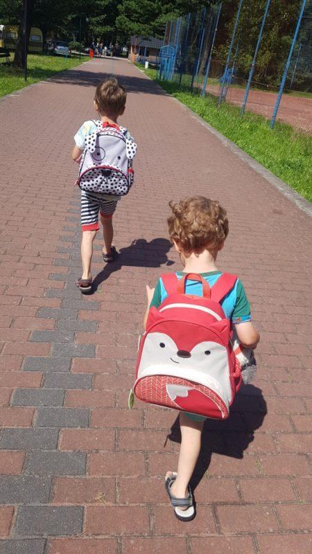 W drodze na plażę