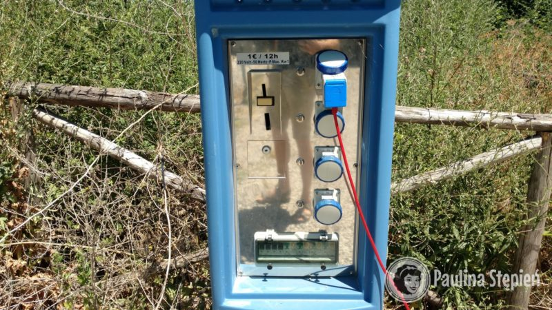 Automat z prądem - 1 euro za 12 godzin