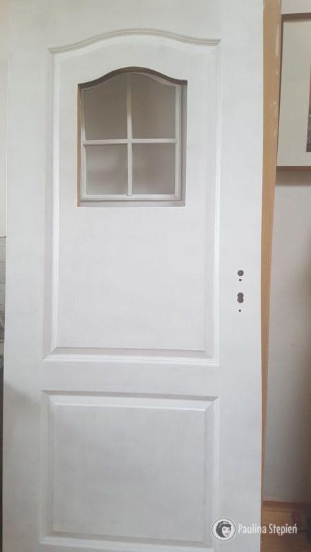 i kolejne drzwi