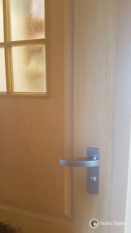 Kolor drzwi o ścieżnic