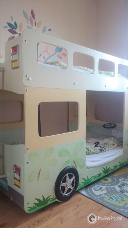 Łóżko autobus, bardzo fajne, choć zmieniamy wszystko na biało