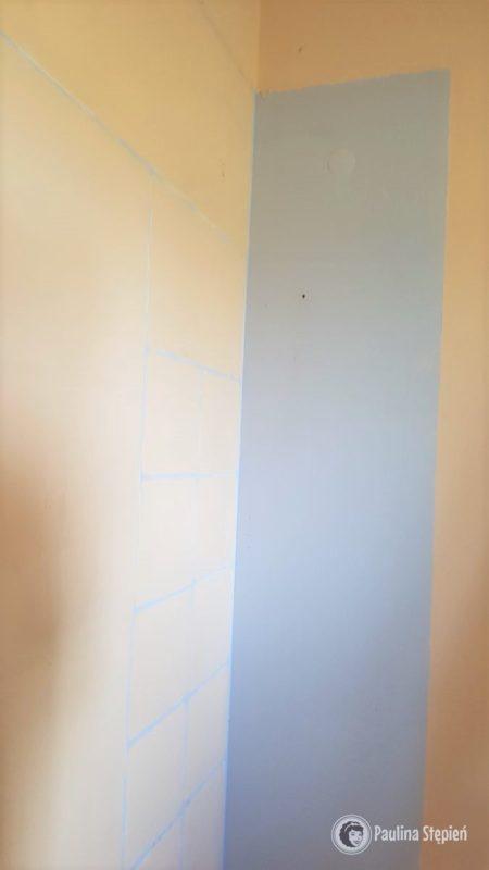 """A to """"piękna"""" ściana po demontażu szafy"""