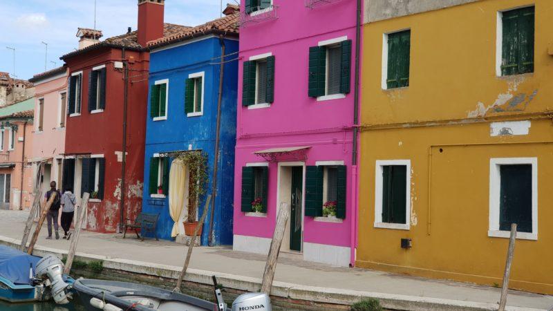 Piękne, kolorowe domki