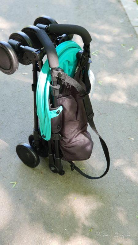 Po złożeniu wózek samodzielnie stoi
