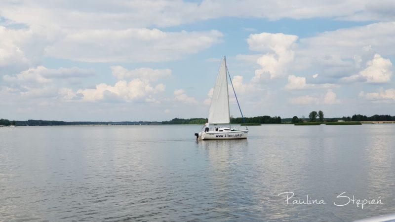 A to drugi jacht, mniejszy, Sasanka