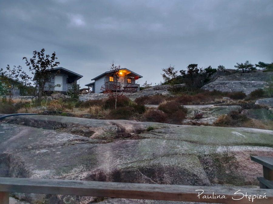 Domki na skałkach
