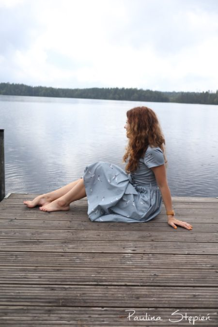 Sukienka pod kolor wody