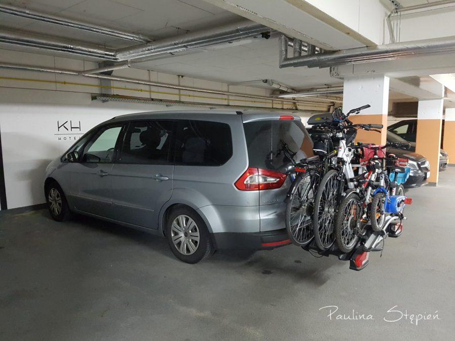 Nocleg gdzieś w Niemczech, udało nam się wjechać na parking podziemny, uff