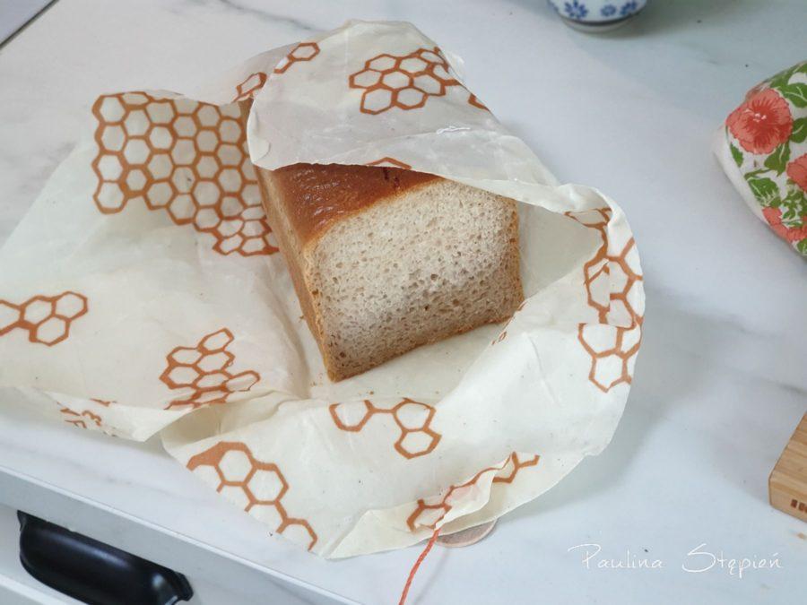 Bee's Wrap tutah z chlebem