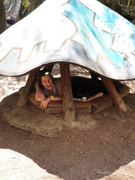 Wejście do tuneli tych pod ziemią