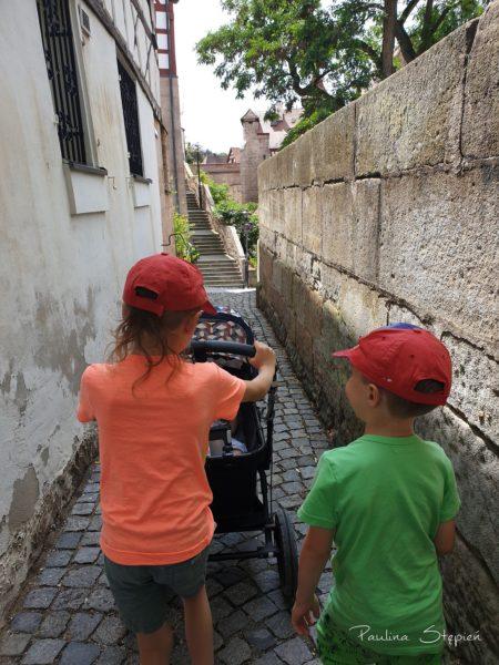 W drodze na stare miasto