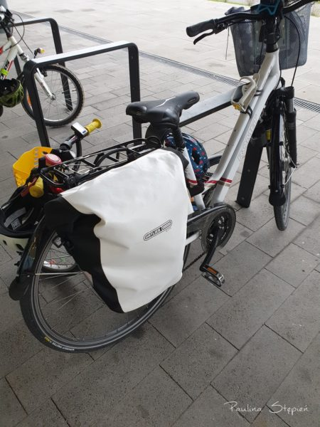 Sakwy rowerowe, to akurat Ortlieb, bardzo polecam