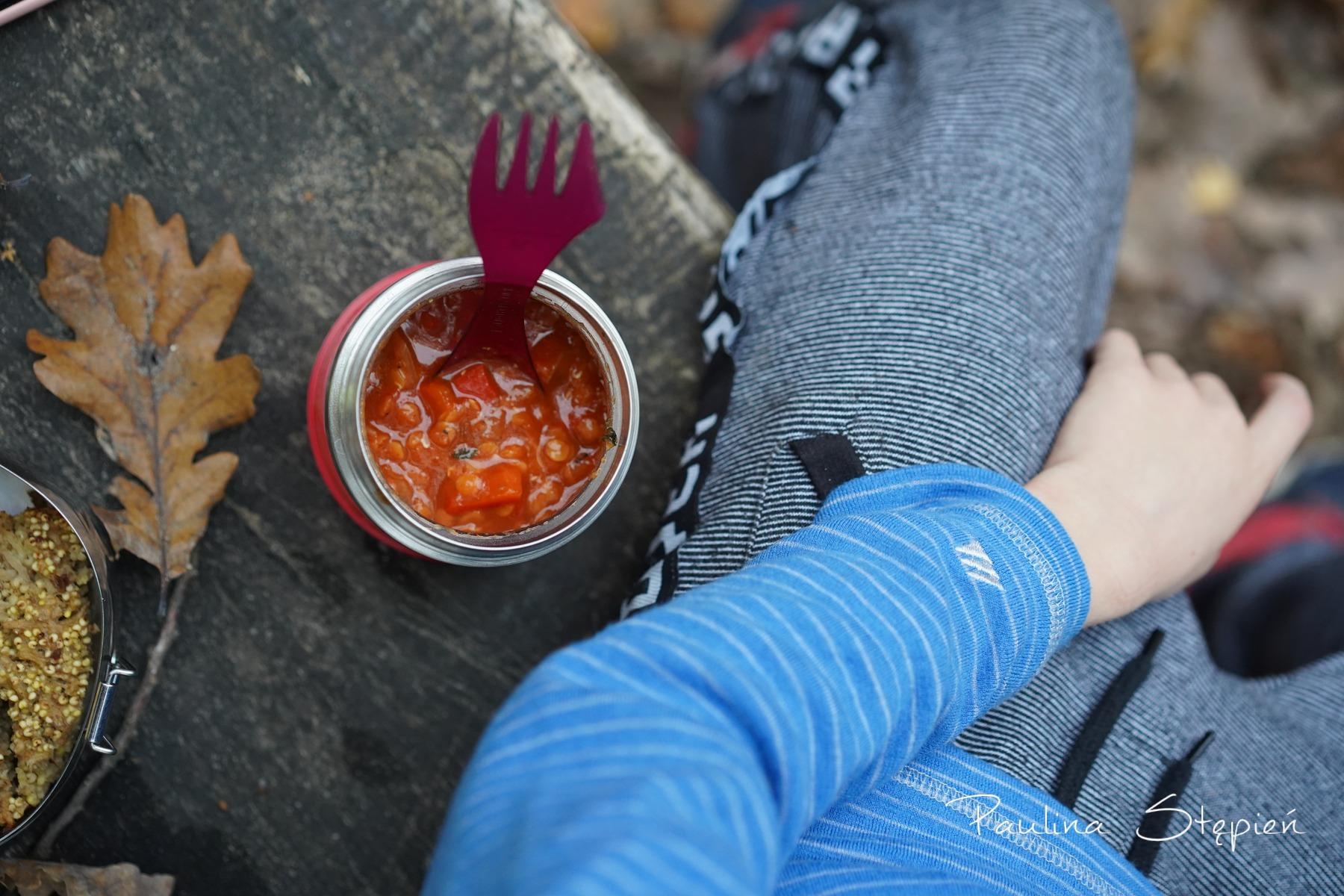 Zupa z termosu jest idealnym rozwiązaniem na spacerach