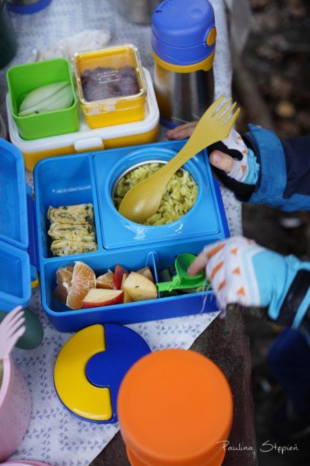 Tu na wycieczce, termos, który jest elementem lunchboksa OmieBox