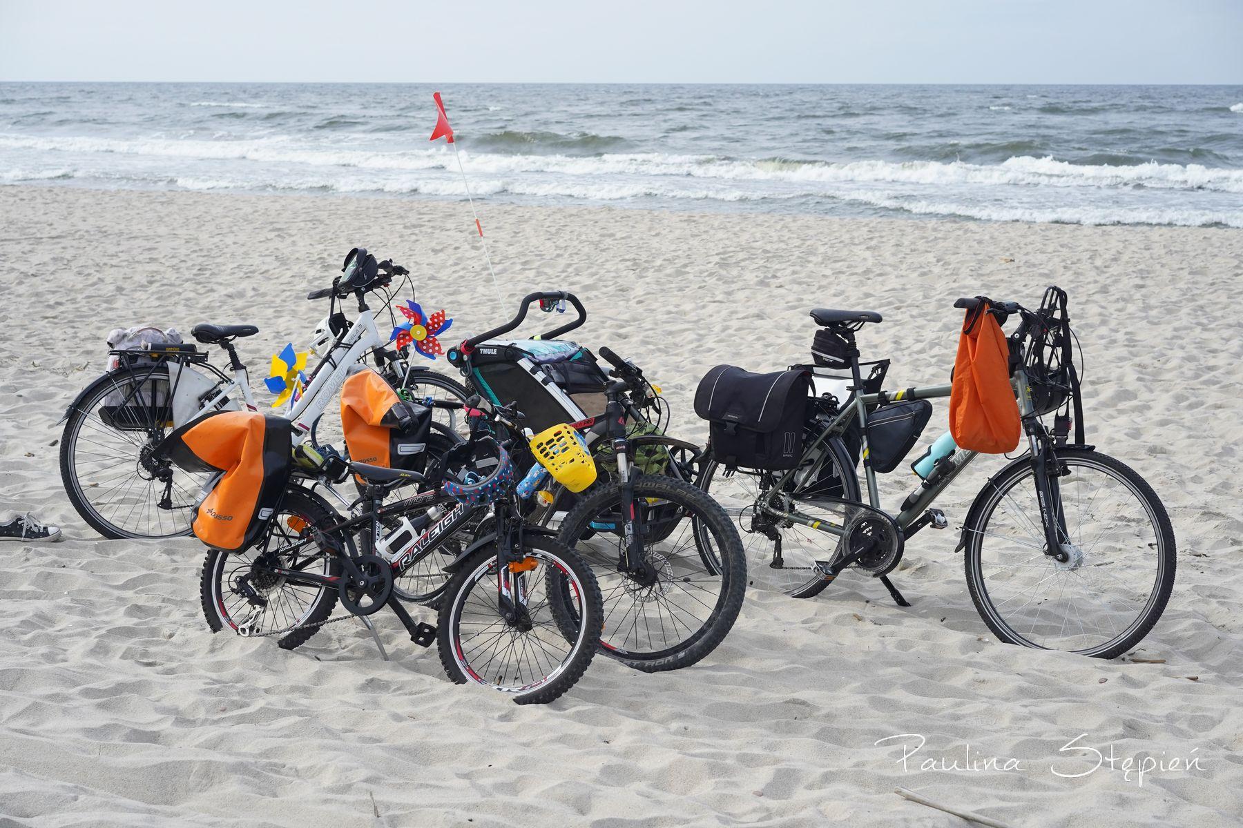 Nasze rowery na plaży