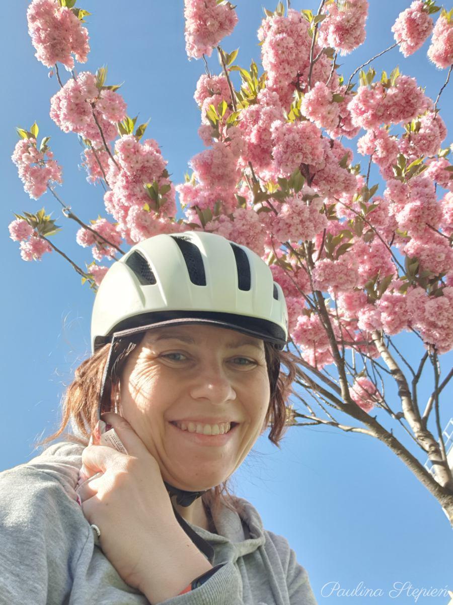 Piękna jest wiosna, nie warto czekać aż się schudnie by iść na rower, założyć kieckę czy wyjść